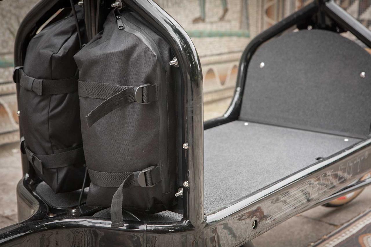 larry vs harry bullitt cargo bike fahrer panel bags